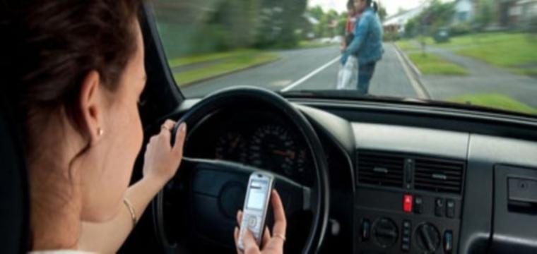 Irlanda, pugno di ferro contro i cellulari alla guida. E in Italia?