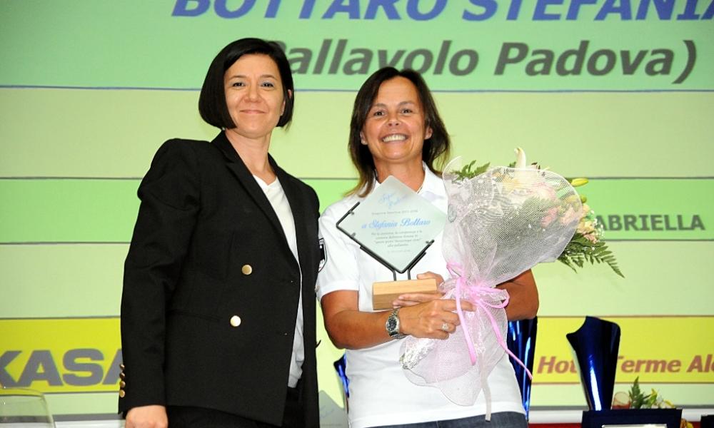 Riconoscimento per Stefania Bottaro alla Festa delle Premiazioni