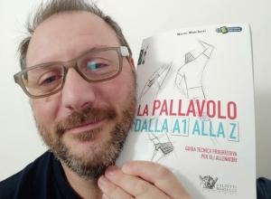 """""""La pallavolo dalla A1 alla Z"""": il nuovo libro di Mauro Marchetti"""